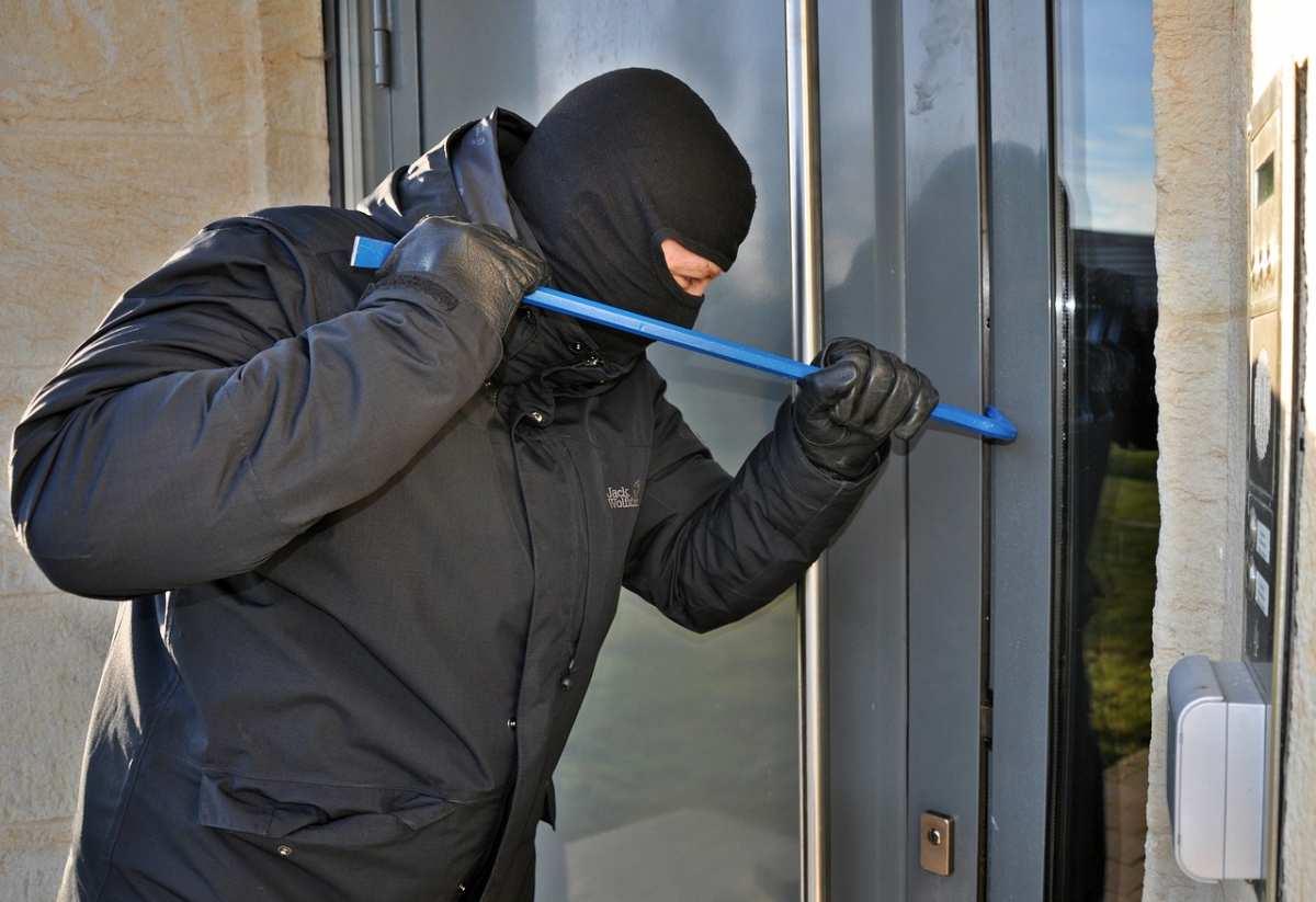 image Comment sécuriser son domicile en changeant ses volets