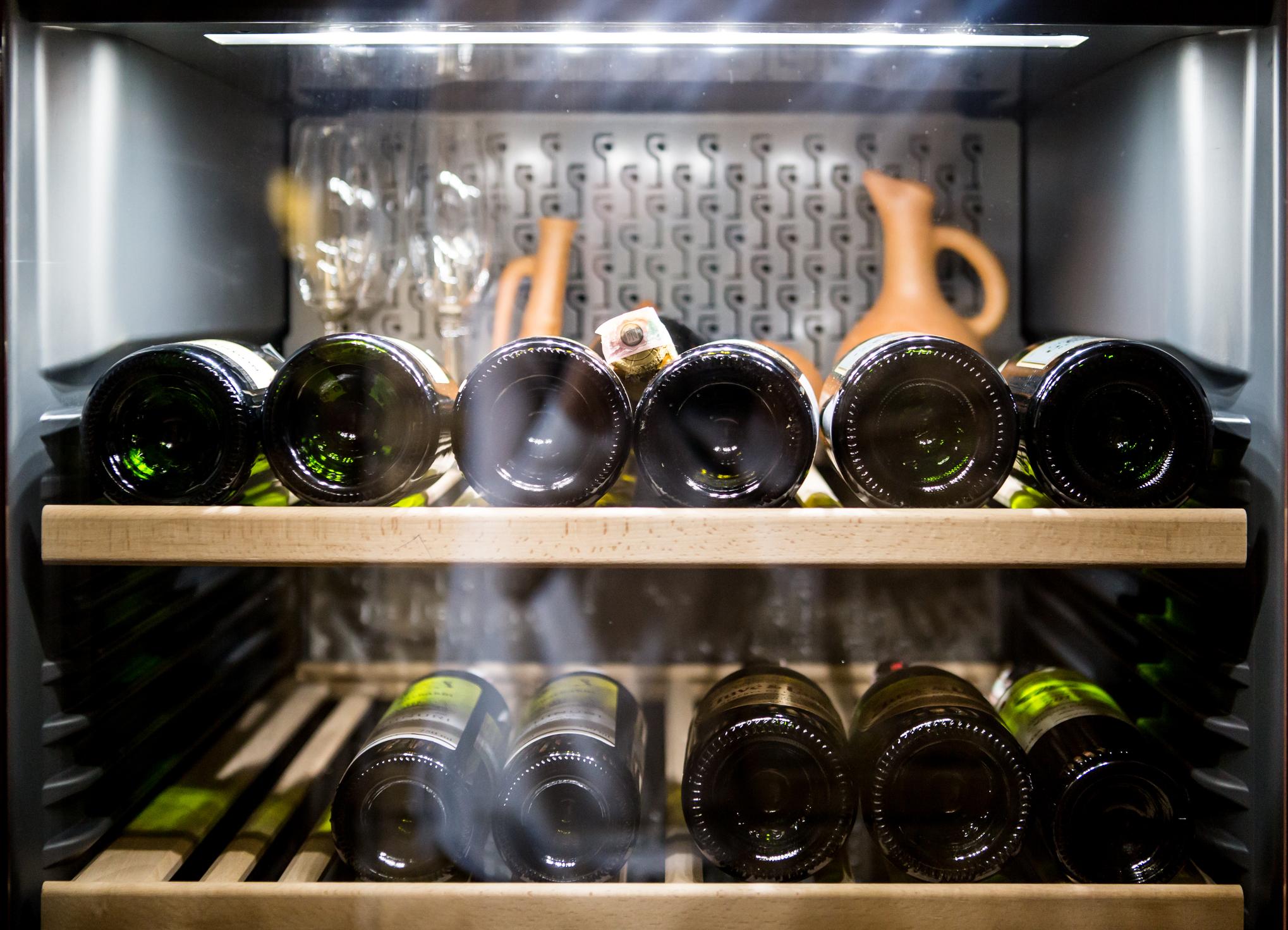 image Quelle cave à vin choisir ? Acheter le bon frigo