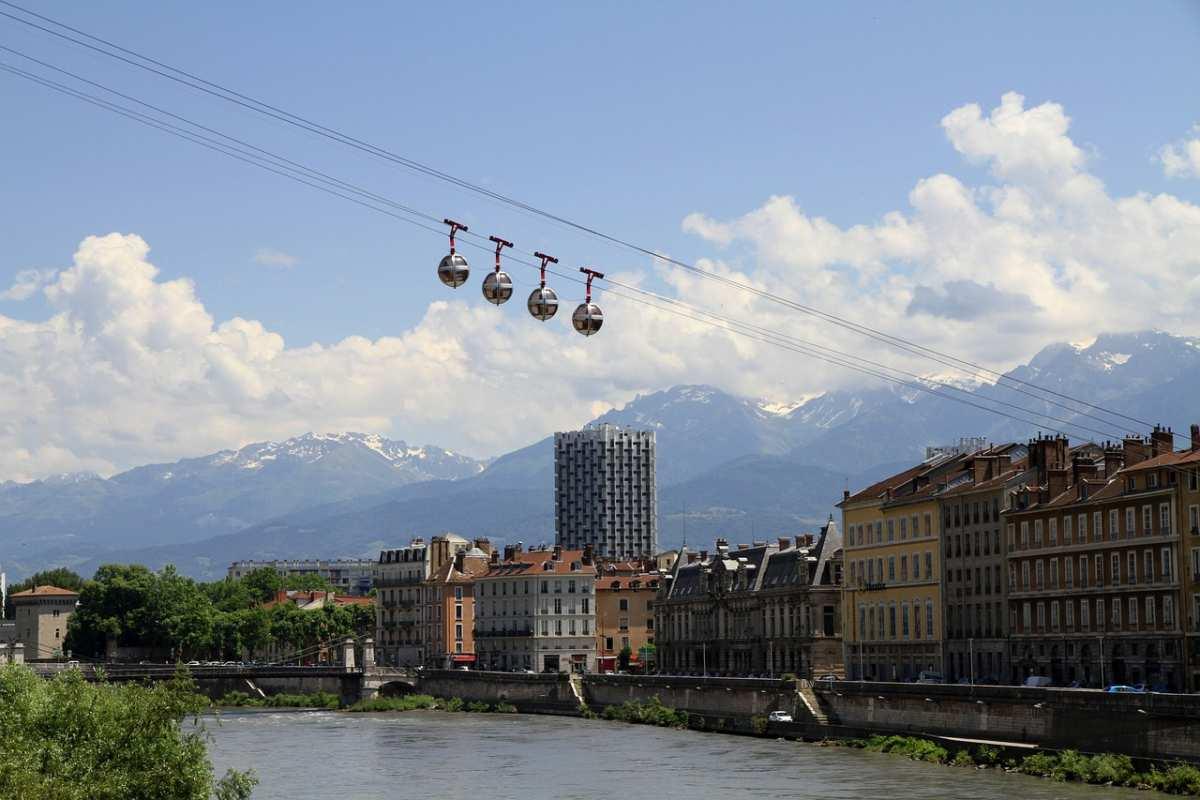 image Comment me rendre à Paris depuis Grenoble ?