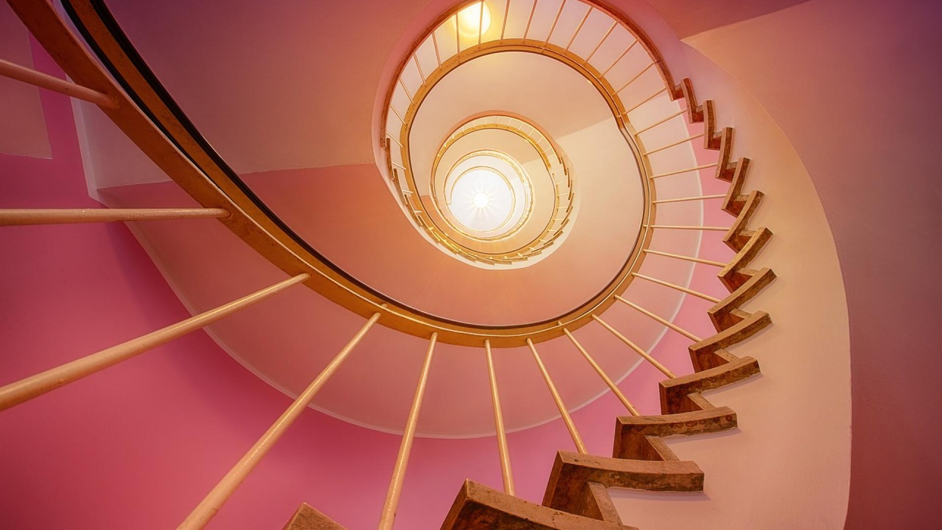 image Escalier design et sur-mesure : quels sont ses avantages ?